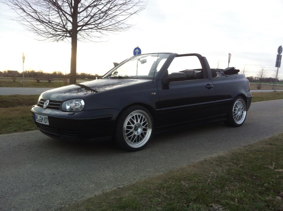 volkswagen golf 4 cabrio 1 8 highline leder. Black Bedroom Furniture Sets. Home Design Ideas